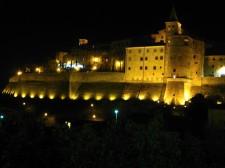 Hrad Anghiari v noci