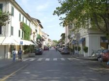 Poklidná ulice ve Forte