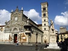 Dom, Prato
