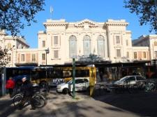Hlavní nádraží v Pratu